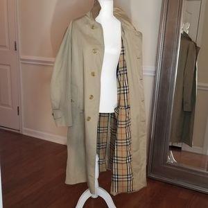 BURBERRY Khaki Trench Coat Size XL